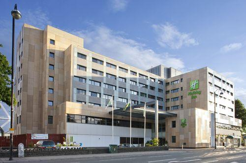 holiday-inn-cardiff